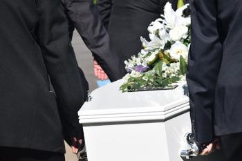 Begrafeniskleding: pak of niet?