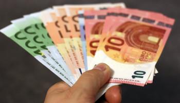 Crowdfunding uitvaart: bekijk de voordelen en nadelen